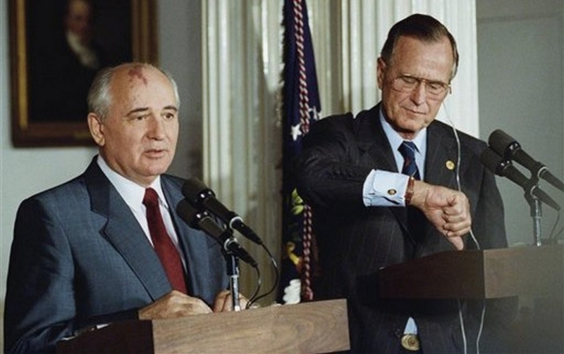 Михаил Горбачев и «хитроплан» Буша