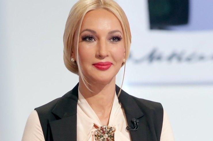 Лера Кудрявцева в спешке уех…