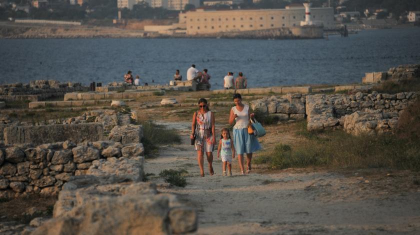 На грани: Туристы рискую остаться без курортов Крыма в этом году