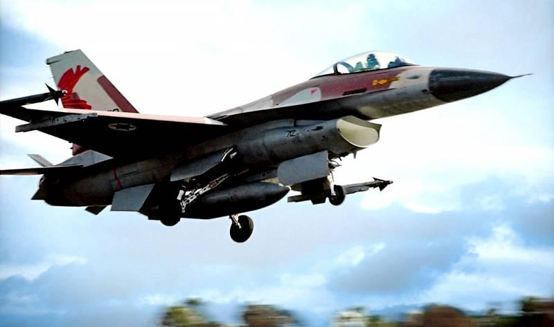 ВВС Израиля разбомбили международный аэропорт Дамаска