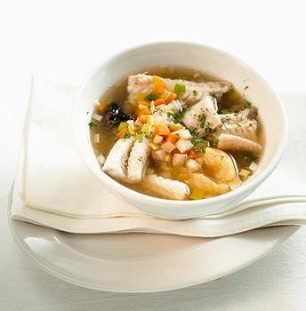 Рыбный суп ( для тех,кто следит за своей фигуркой)).