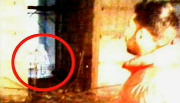 В итальянском музее засняли девочку-призрака