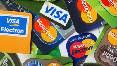 ЦБ хочет взять под контроль Visa и MasterCard