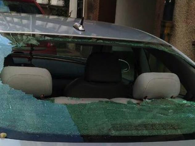 В Польше хулиганы забросали камнями машину россиянки