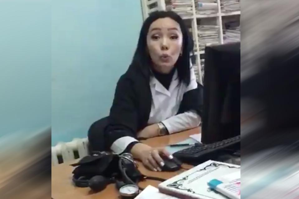 «Казахизация»: врачи отказал…