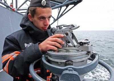 Можно начинать гордиться. Чем занят наш флот у берегов Сирии, Африки, далее везде