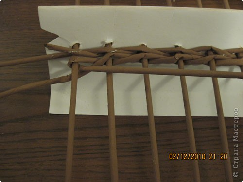 Мастер-класс,  Плетение, : Плетение квадратной (прямоугольной ) коробки Бумага газетная . Фото 9