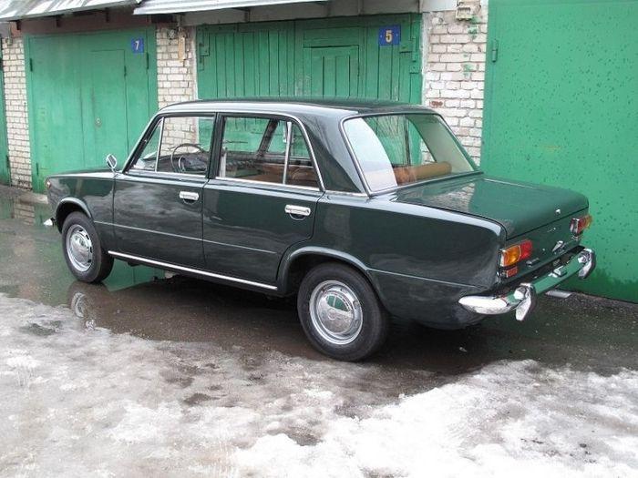 ВАЗ-2101 1970 года выпуска в прекрасном состоянии после реставрации