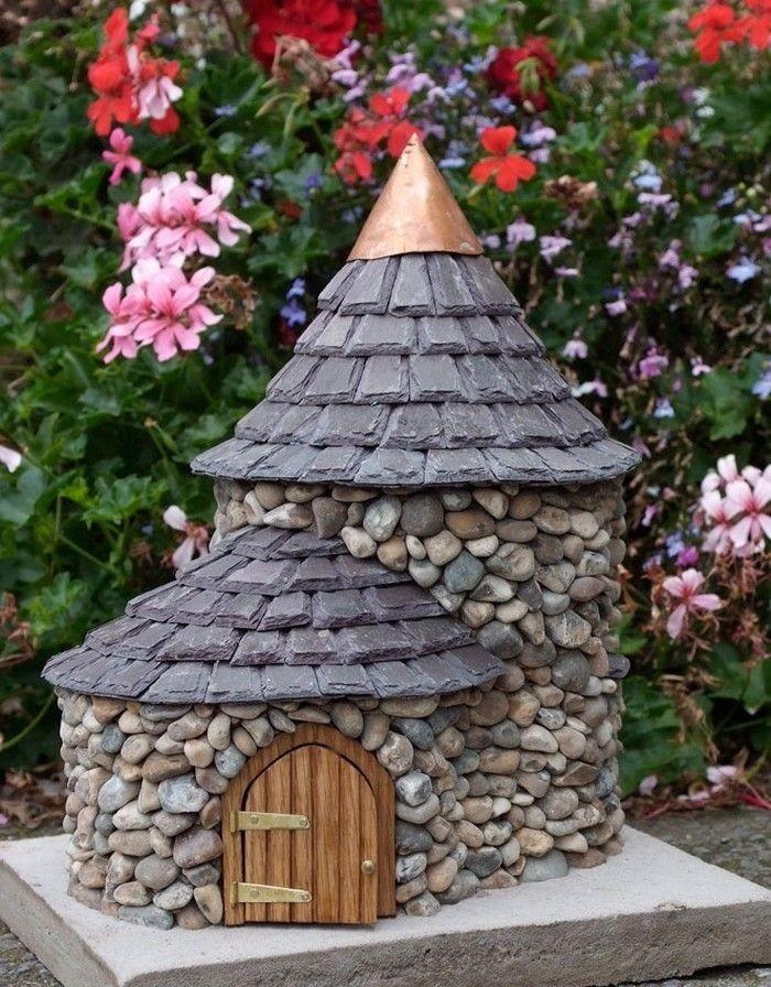 Декоративный домик из камня своими руками