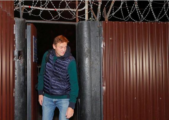Политический труп Навального пытаются преобразить: на арену выходит святой мученик