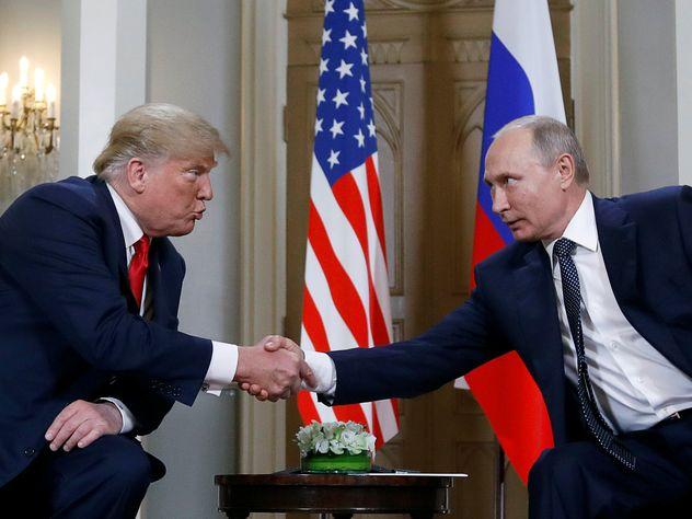 О чём говорит язык жестов Путина и Трампа на встрече в Хельсинки