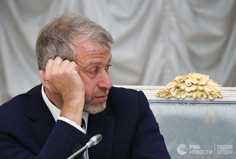 Французский суд обязал Абрамовича доплатить 1,2 миллиона евро налогов