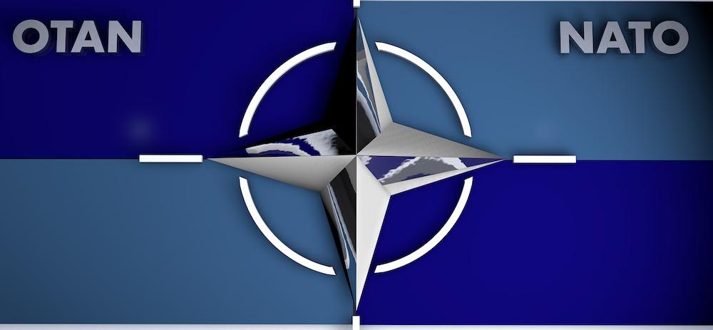 За чей счет банкет: США используют НАТО только в своих интересах