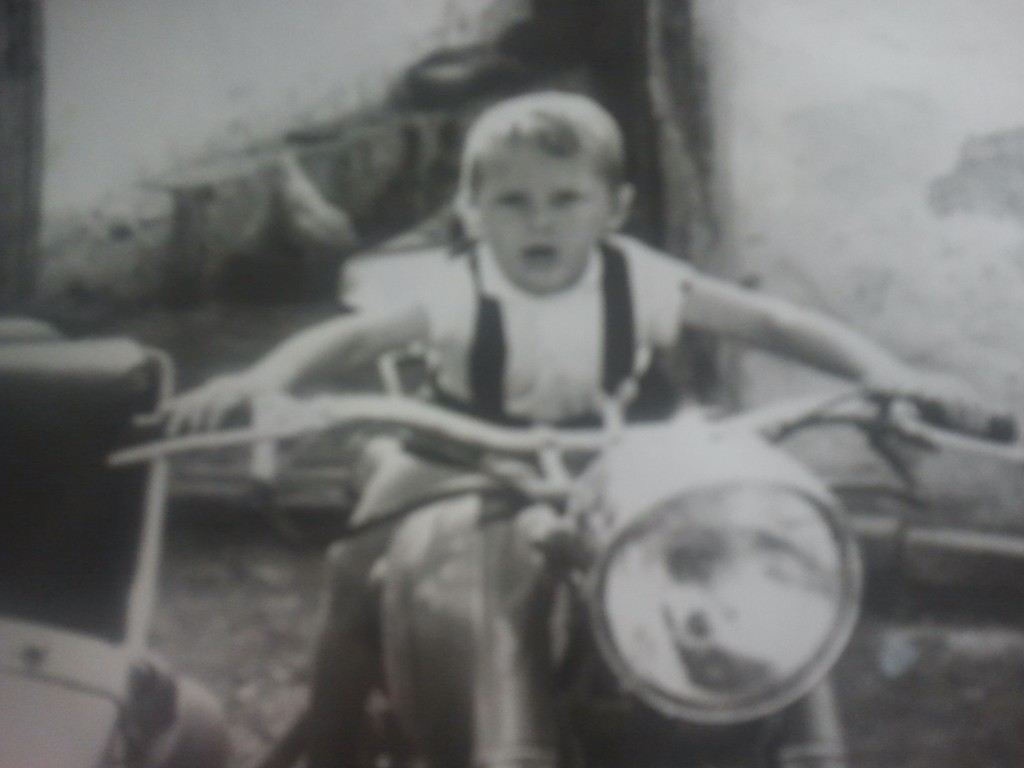 Любитель мотоциклов