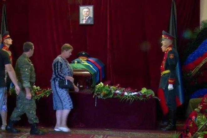Кто стоит за смертью Захарченко