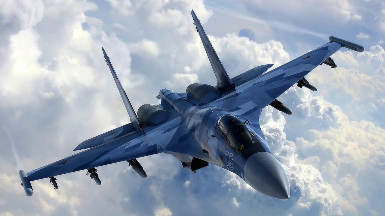 «Шаровары стирайте!»: Российский истребитель пронёсся рядом с кораблями ВМС Украины (ВИДЕО)