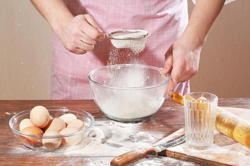 песочный яблочный пирог со сметаной