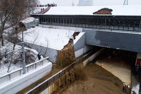 В Москве затопило один из тоннелей: прорвало дамбу
