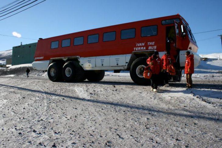Суровый канадский автобус «Ivan»