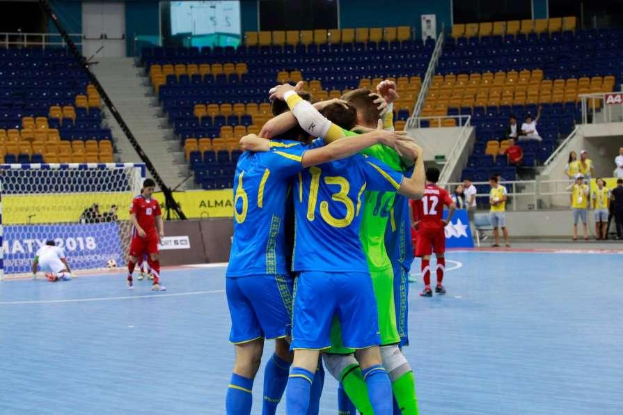 Мужская сборная Украины заво…