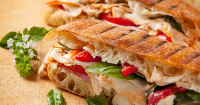Сендвич по-креольски.