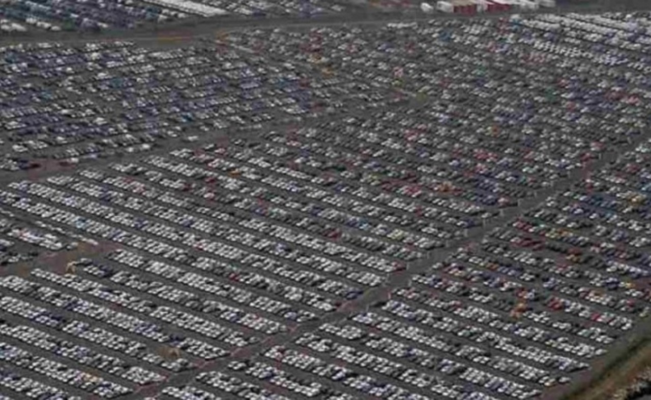 Где остаются автомобили, которые никто не купил?