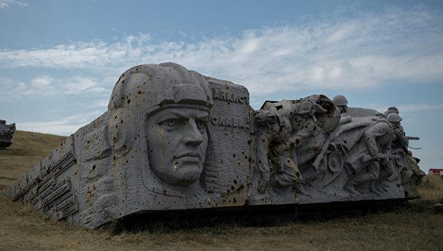 Главу ДНР попытались взорвать по дороге на мемориальный комплекс «Саур-могила»