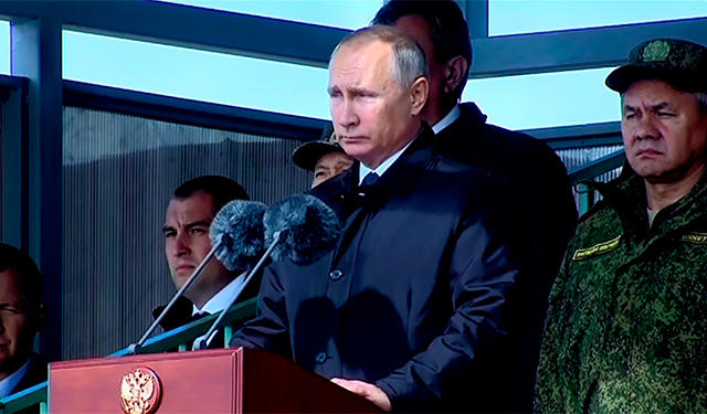 "Владимир Путин отправил ""миролюбивое"" послание Западу"