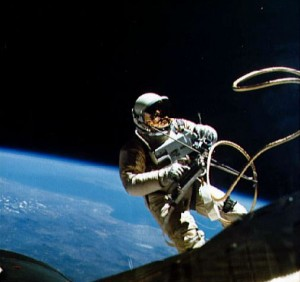 Наиболее интересные рекорды человека в космосе