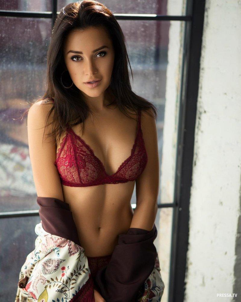 Красивые девушки в соблазнительном белье