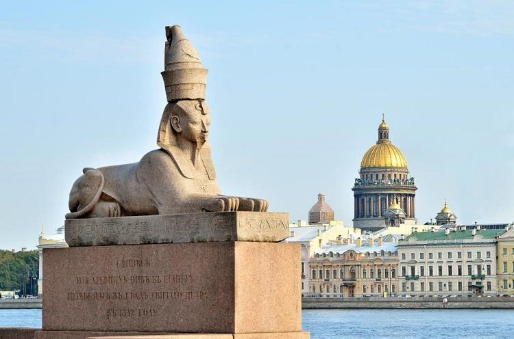 Сфинксы Санкт-Петербурга