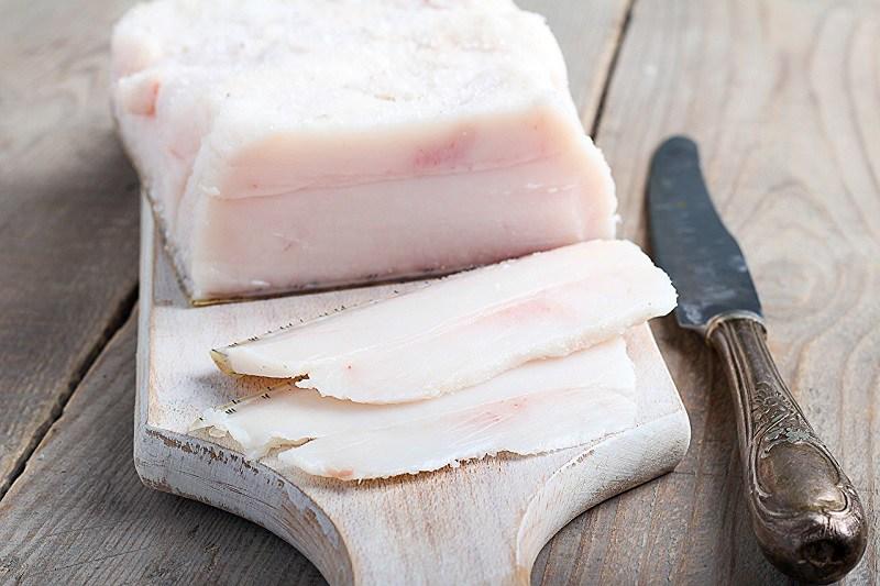 как выбрать свиное сало для засолки