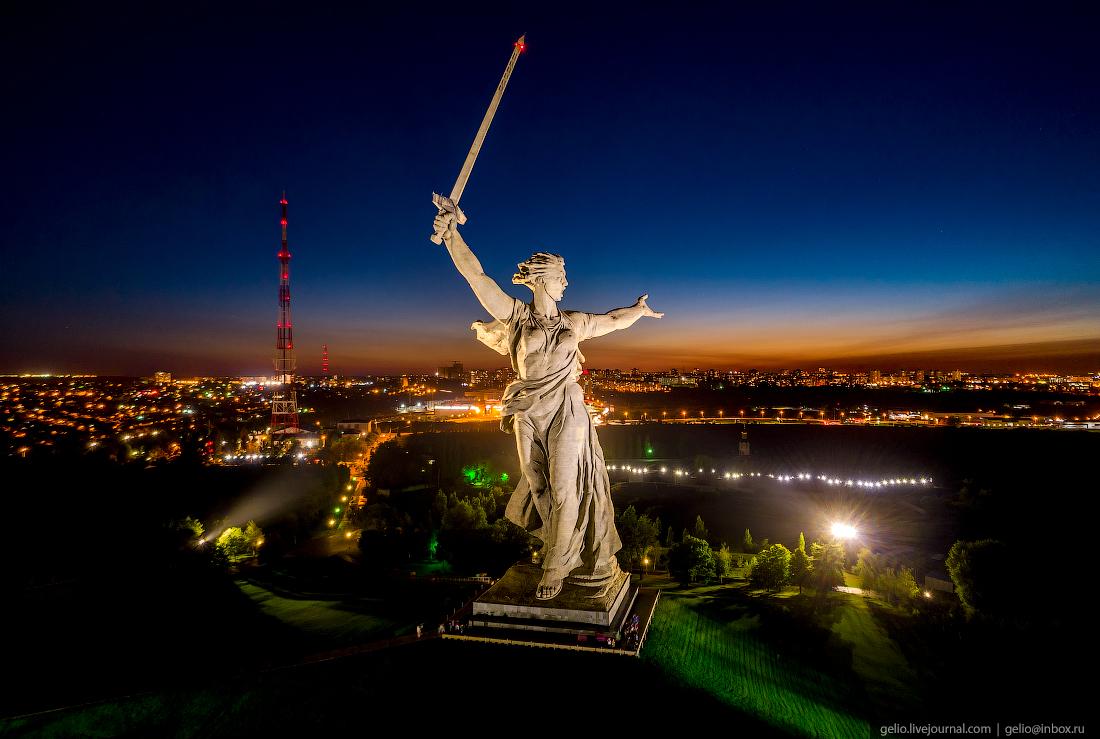 Волгоград с высоты - город, возрождённый после войны