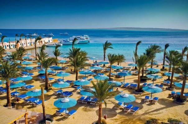 Черноморским пляжам грозит потеря миллионов туристов?