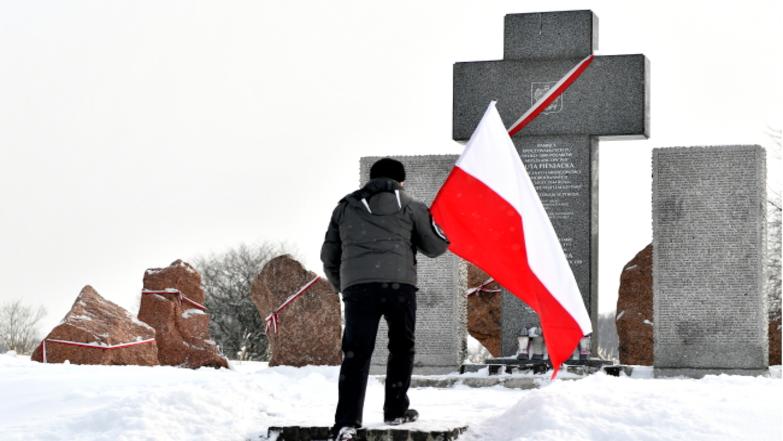 """Президент Польши обвинил дивизию """"Галичина"""" и УПА в геноциде поляков"""