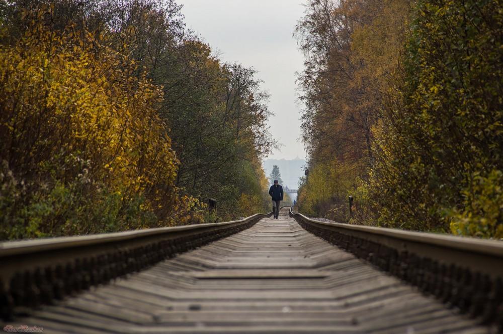 Пока москали мосты строят,а Украина всё упрощает жизнь своим гражданам