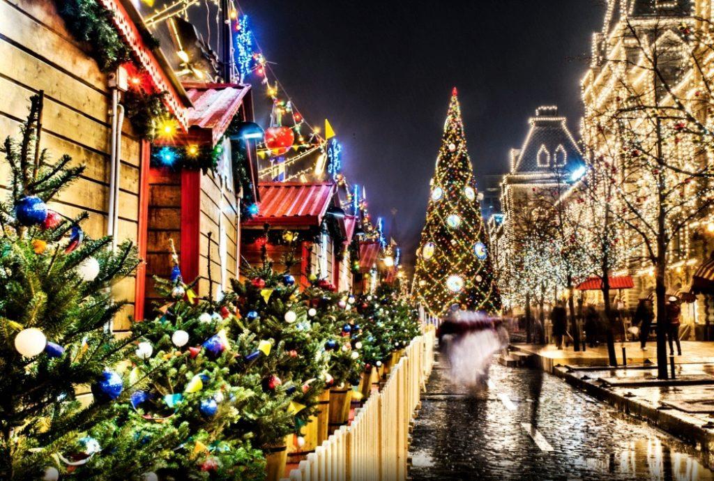 Денег нет: россияне сократили траты на новогодние праздники