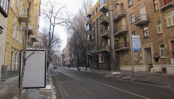 Вцентре украинской столицы восстанавливается движение транспорта