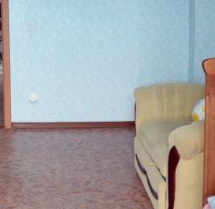 Домик для детей в детской комнате