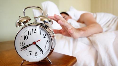 Как приучить себя рано вставать.