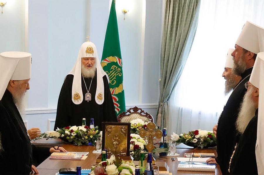 Русскую православную церковь поддержал только патриарх Сербский