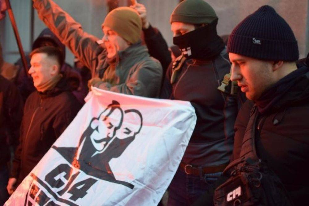 «Я – тоже бандеровец»: руководство МВД Украины породнилось с убийцей