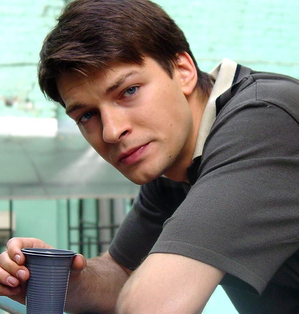 Актер Даниил Страхов впервые показал свою супругу и столкнулся с негативной реакцией