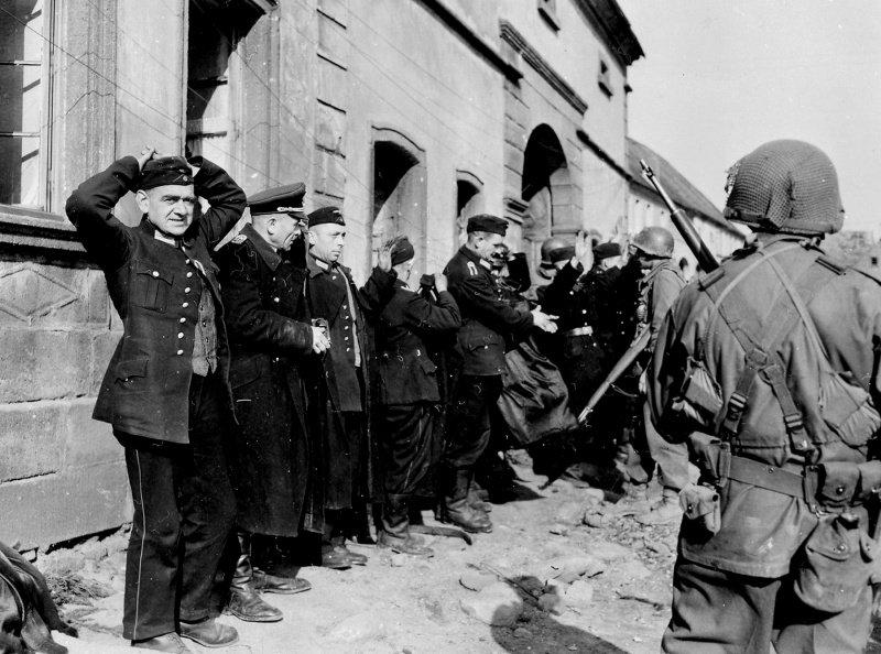 """Как англо-американские войска проводили """"операцию Грабеж"""""""