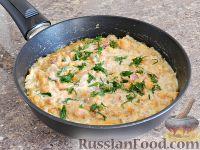 Фото приготовления рецепта: Спагетти в тыквенном соусе с беконом - шаг №13