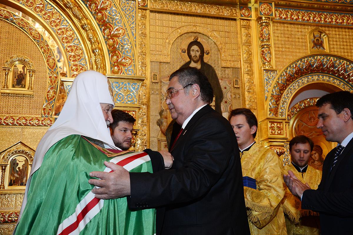 «Морально унижаемый» клеветой Тулеев попросил прокуратуру отстоять его честь и достоинство