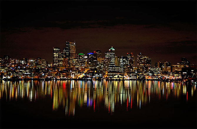 Зеркальные города