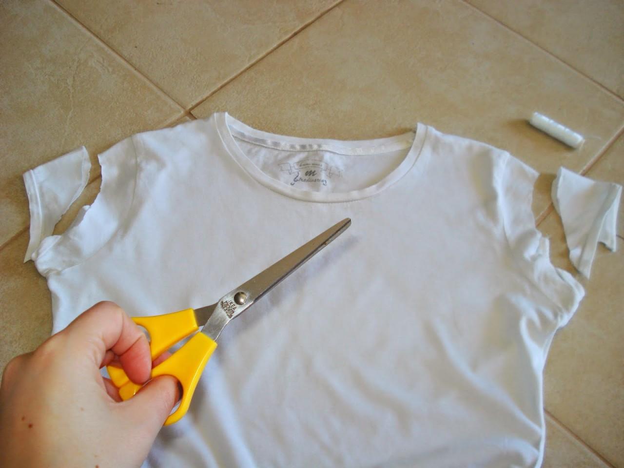 Как украсить футболку своими руками