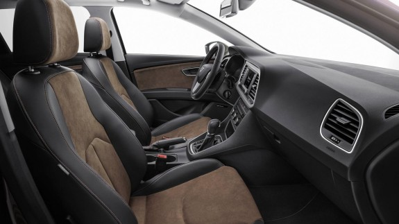 Универсал SEAT Leon превратили в кроссовер