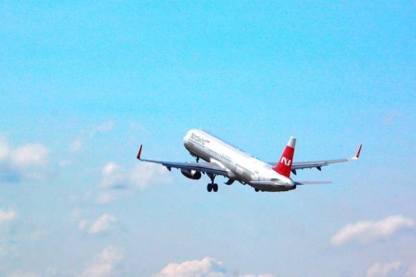 Самолет, летевший изАнтальи вЧелябинск, разгерметизировался внебе